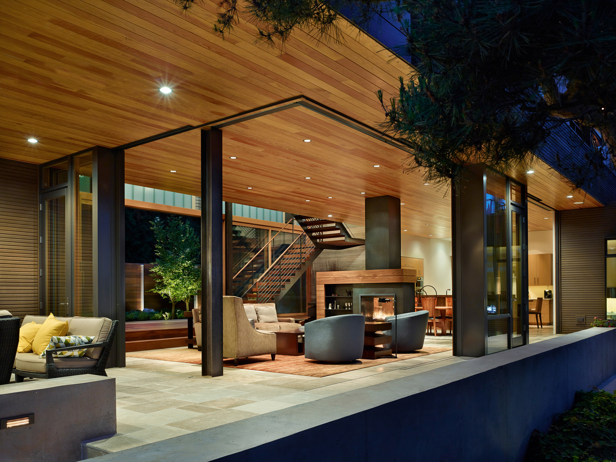 courtyard house / deforest architects | archdaily