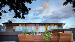 Courtyard House / DeForest Architects