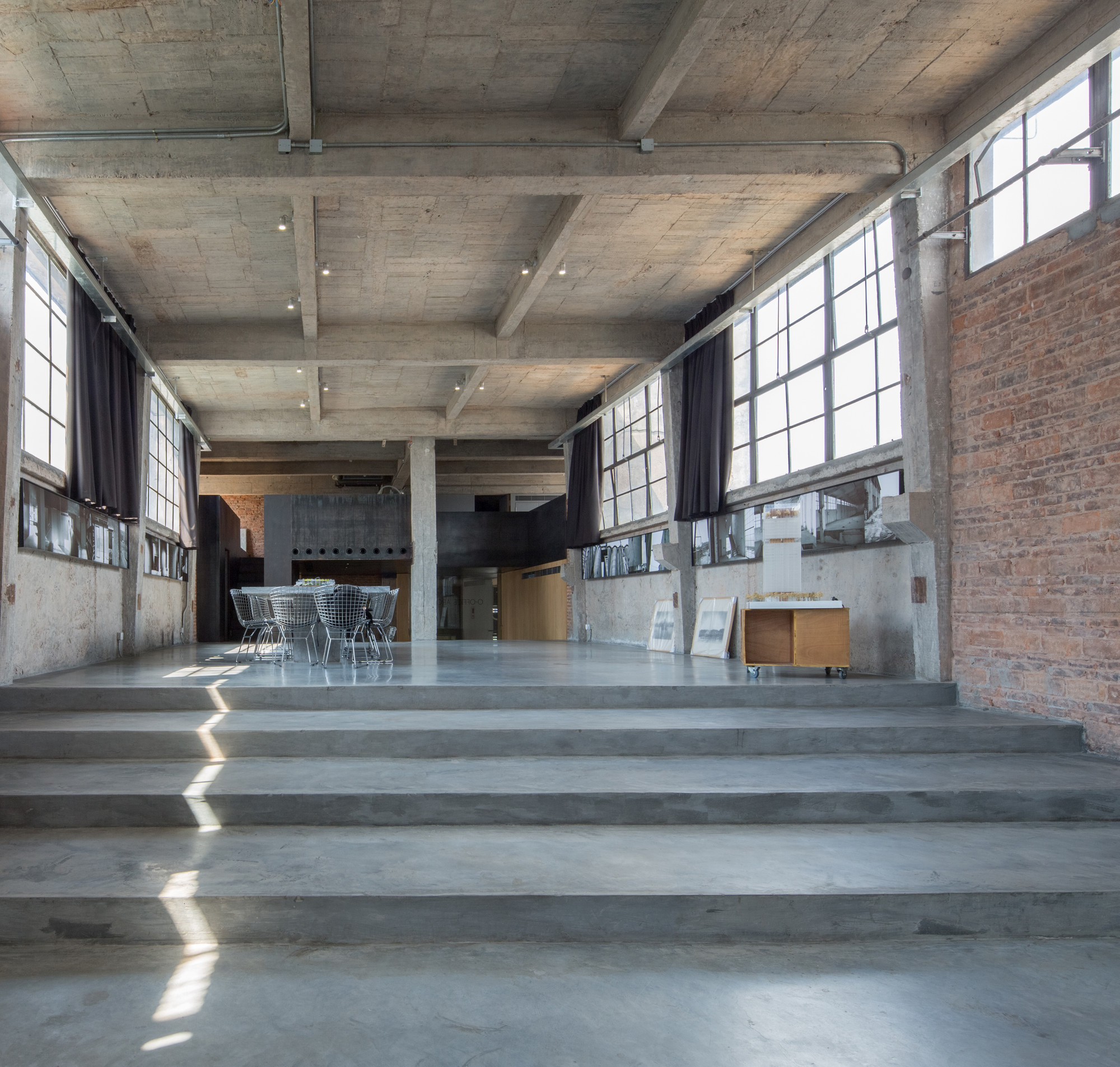 Gallery of silo top studio o office architects 9 - An office turned into a home ...