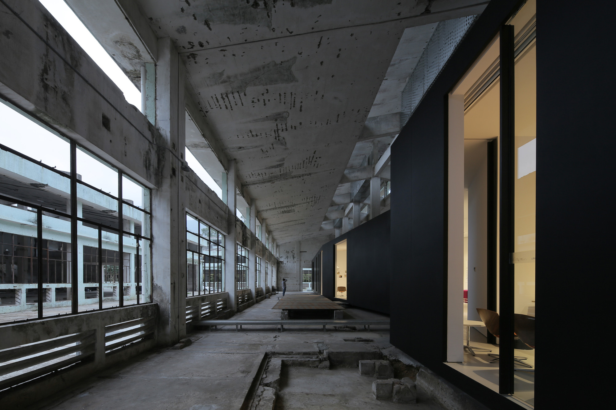 Gallery Of Z Gallery O Office Architects 8