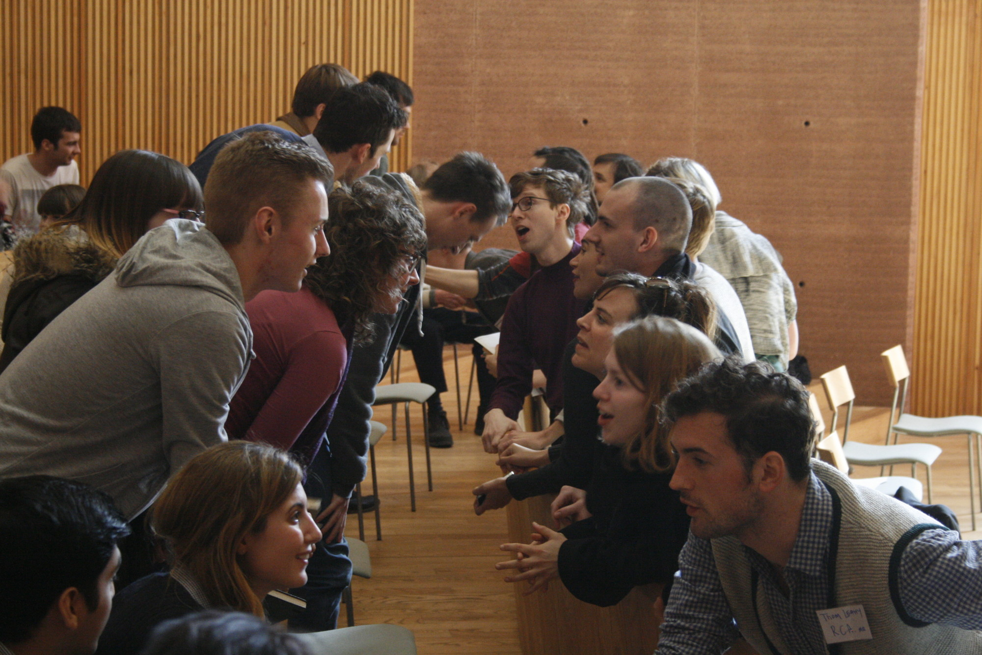Lines Drawn: UK Architecture Students Network Discuss the Future of Architectural Education, Delegates discussing. Image © Vinesh Pomal / Zlatina Spasova