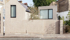 The Herringbone House / Atelier Chanchan