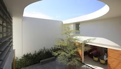 AVE House / Juan Ignacio Castiello Arquitectos