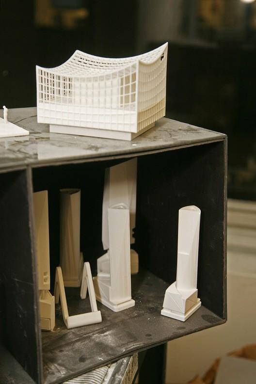 KPF's models of concepts, facades, and building details. Image Courtesy of John Chu/Kohn Pedersen Fox Associates