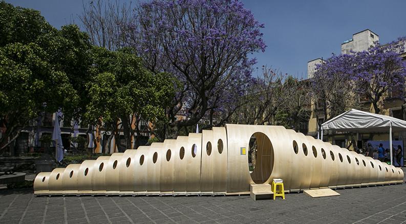 Helminto Urbs: artefacto urbano en el Festival Mextropoli, Centro Histórico de la Ciudad de México, ©labplc