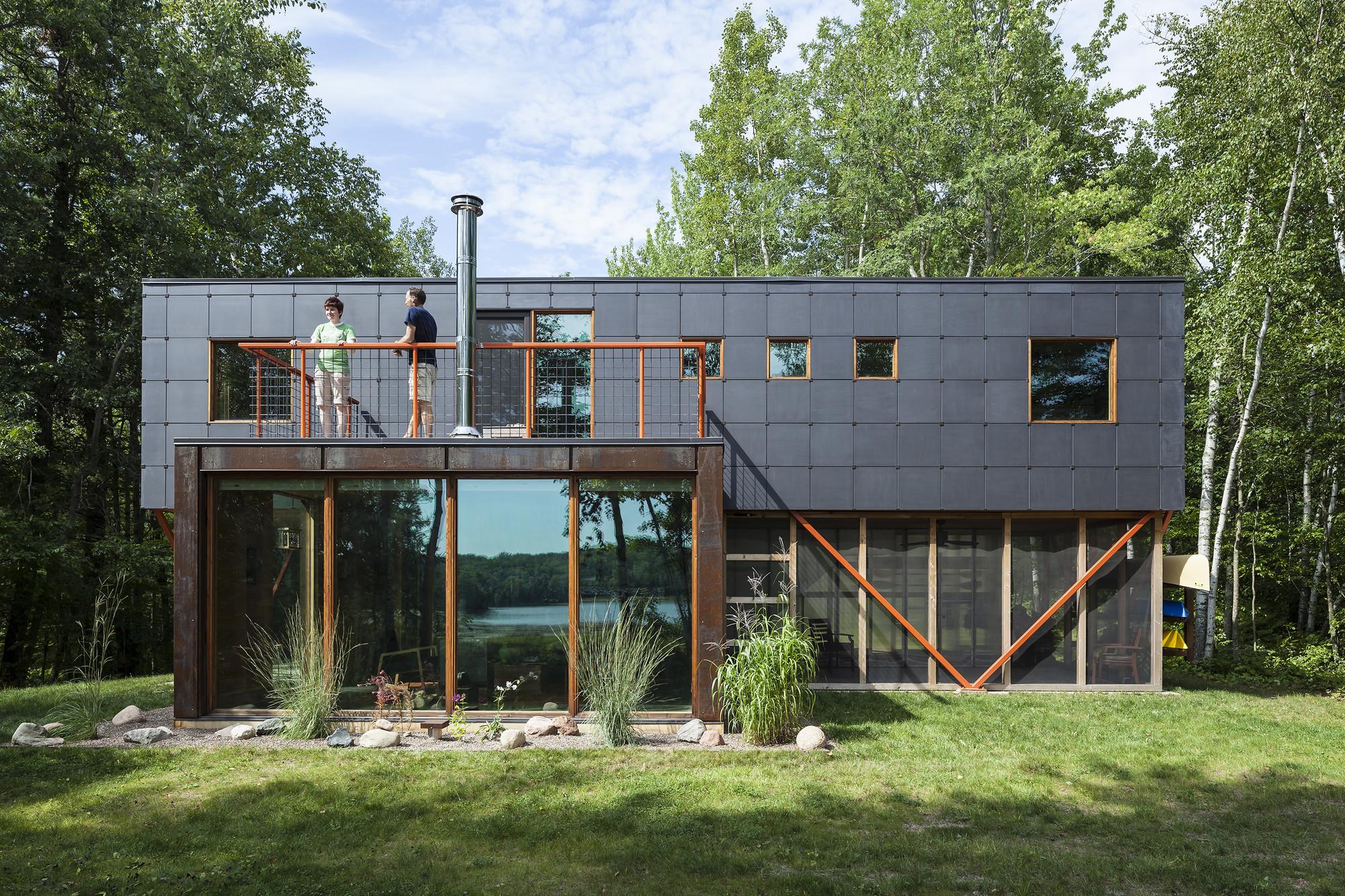 Galeria de retiro two bear edward m doyle 8 - Large summer houses energizing retreat ...