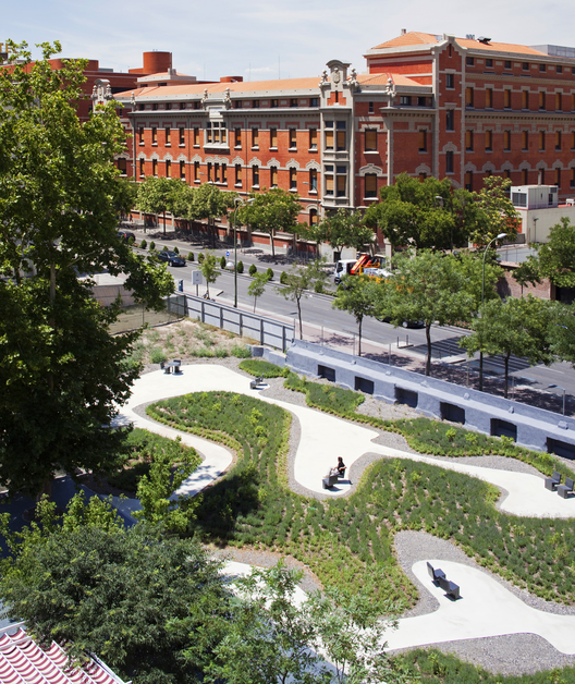 Arquitectura y Paisaje: Jardín para Residencia de ancianos La Paz por Caballero + Colón de Carvajal, © Miguel de Guzmán