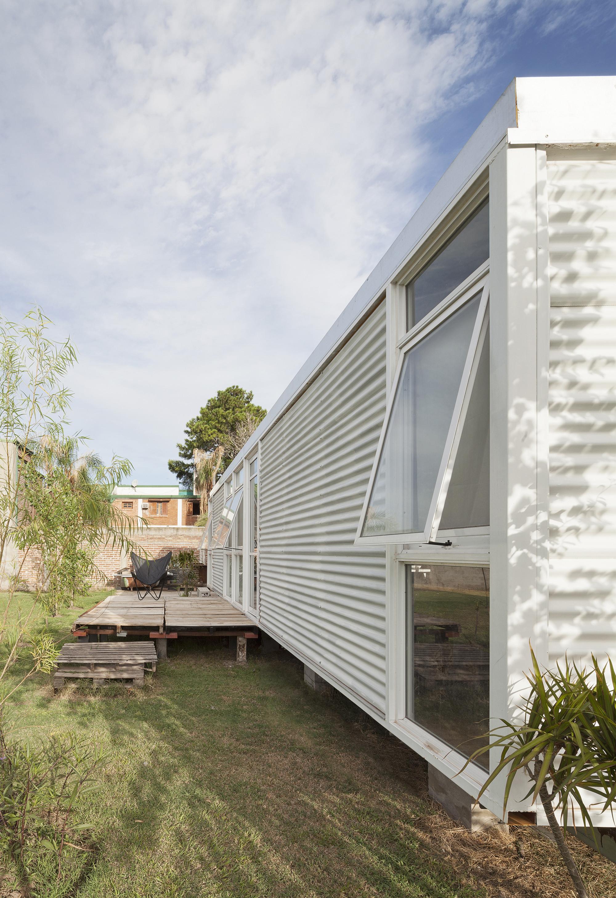 gallery of m a house matias pons estel 4. Black Bedroom Furniture Sets. Home Design Ideas
