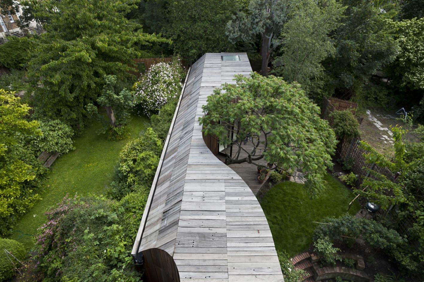 Casa del árbol  / 6a Architects, © Johan Dehlin
