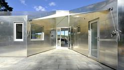 A Cabana de Alumínio / JVA