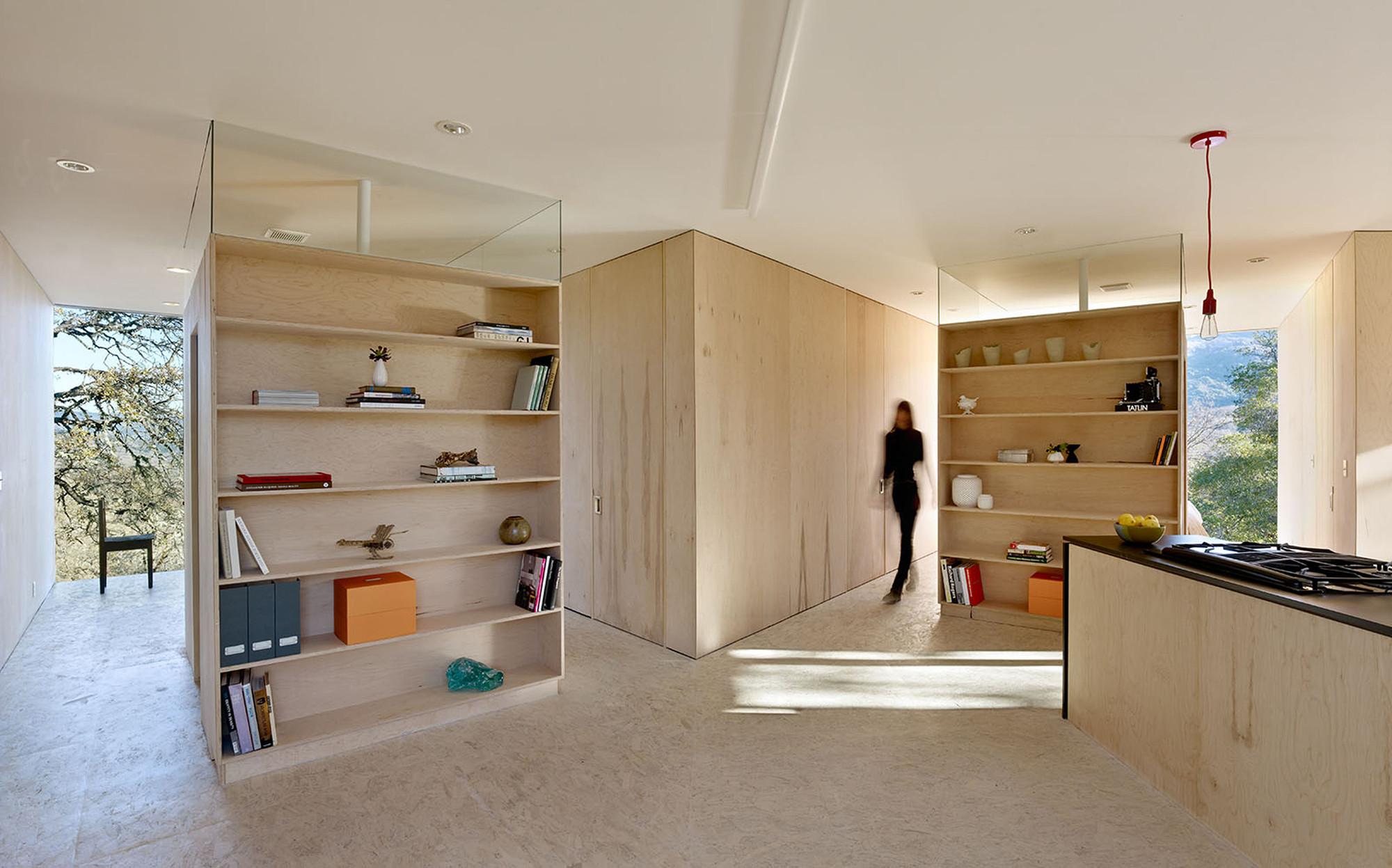 Casa en la Calle Moose / Mork-Ulnes Architects . Image © Bruce Damonte