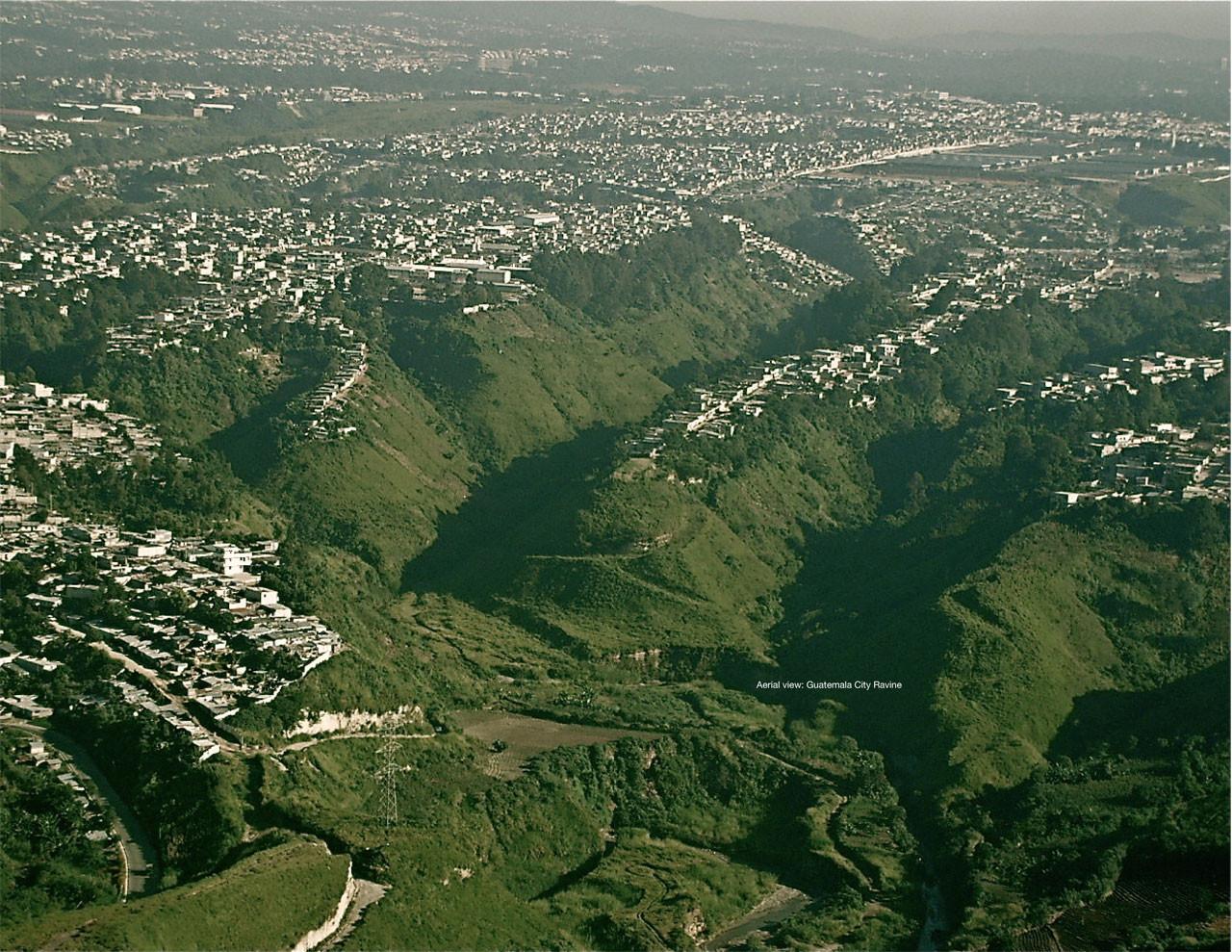 Vista Aérea de la Ciudad de Guatemala. Image Courtesy of oficiocolectivo
