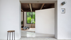 Scandinavian Middle  / Kichi Architectural Design