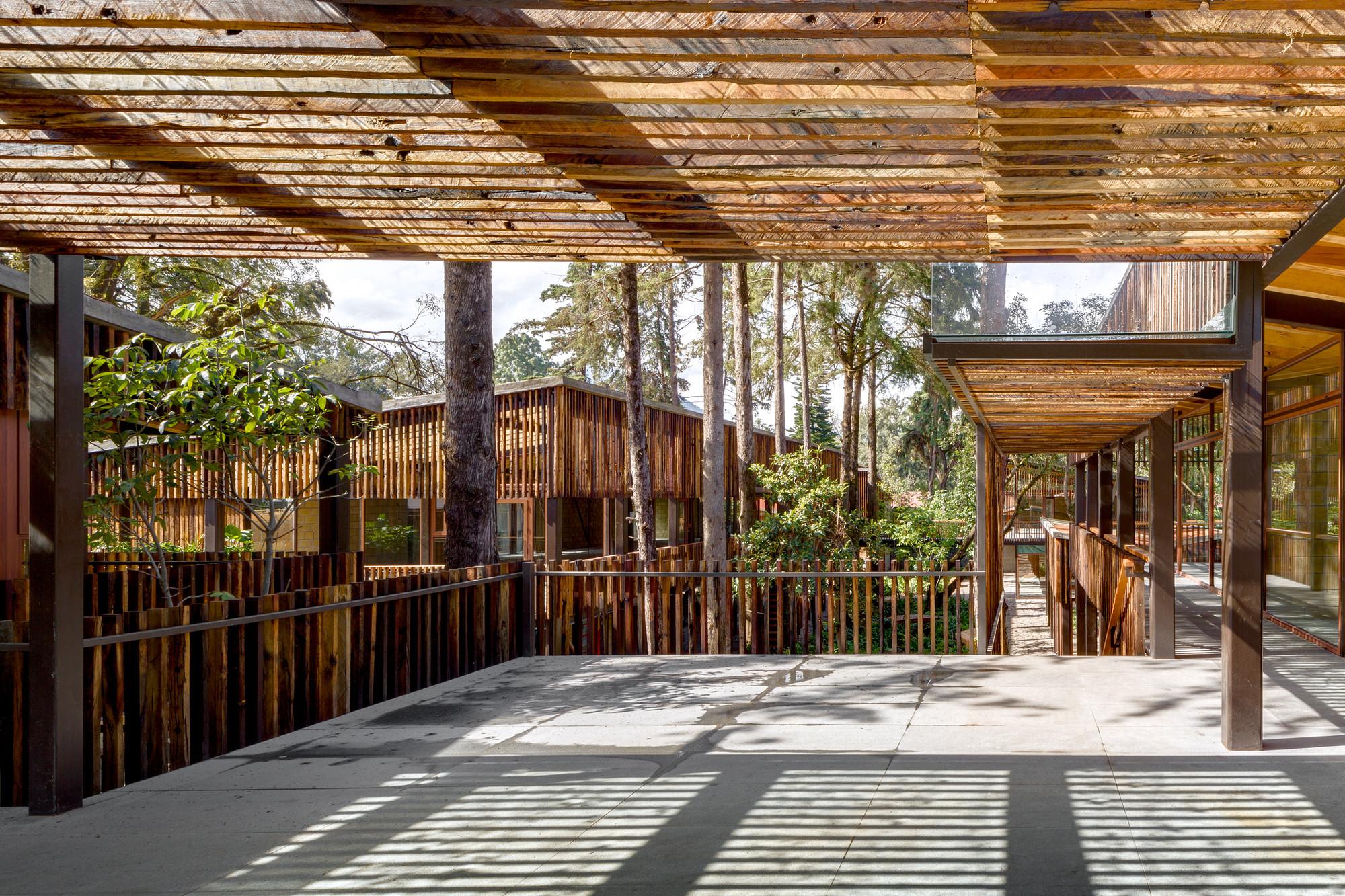 Galer a de arquitectura y paisaje plaza andaro construida for Arquitectura del paisaje