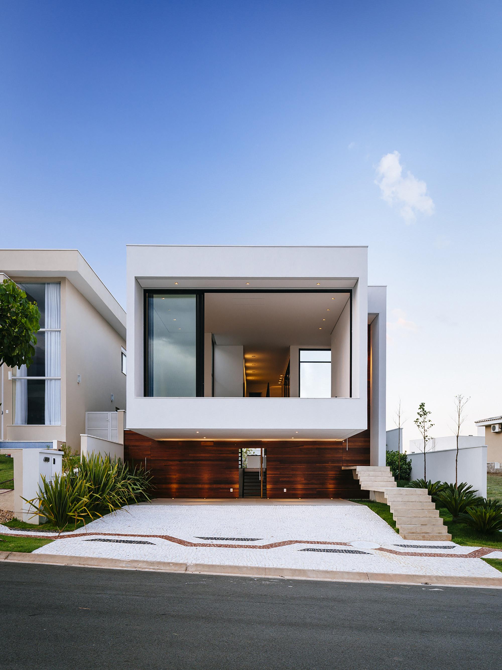 Casa guaiume 24 7 arquitetura design archdaily brasil for Casa design monterotondo