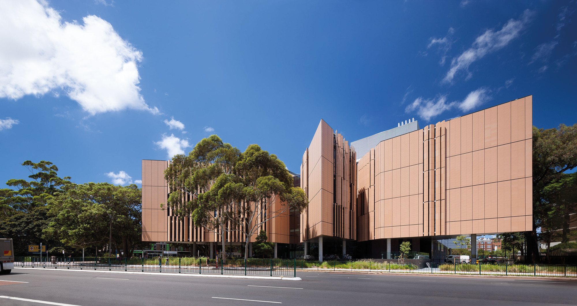 Tyree Energy Technologies Building / FJMT, © John Gollings