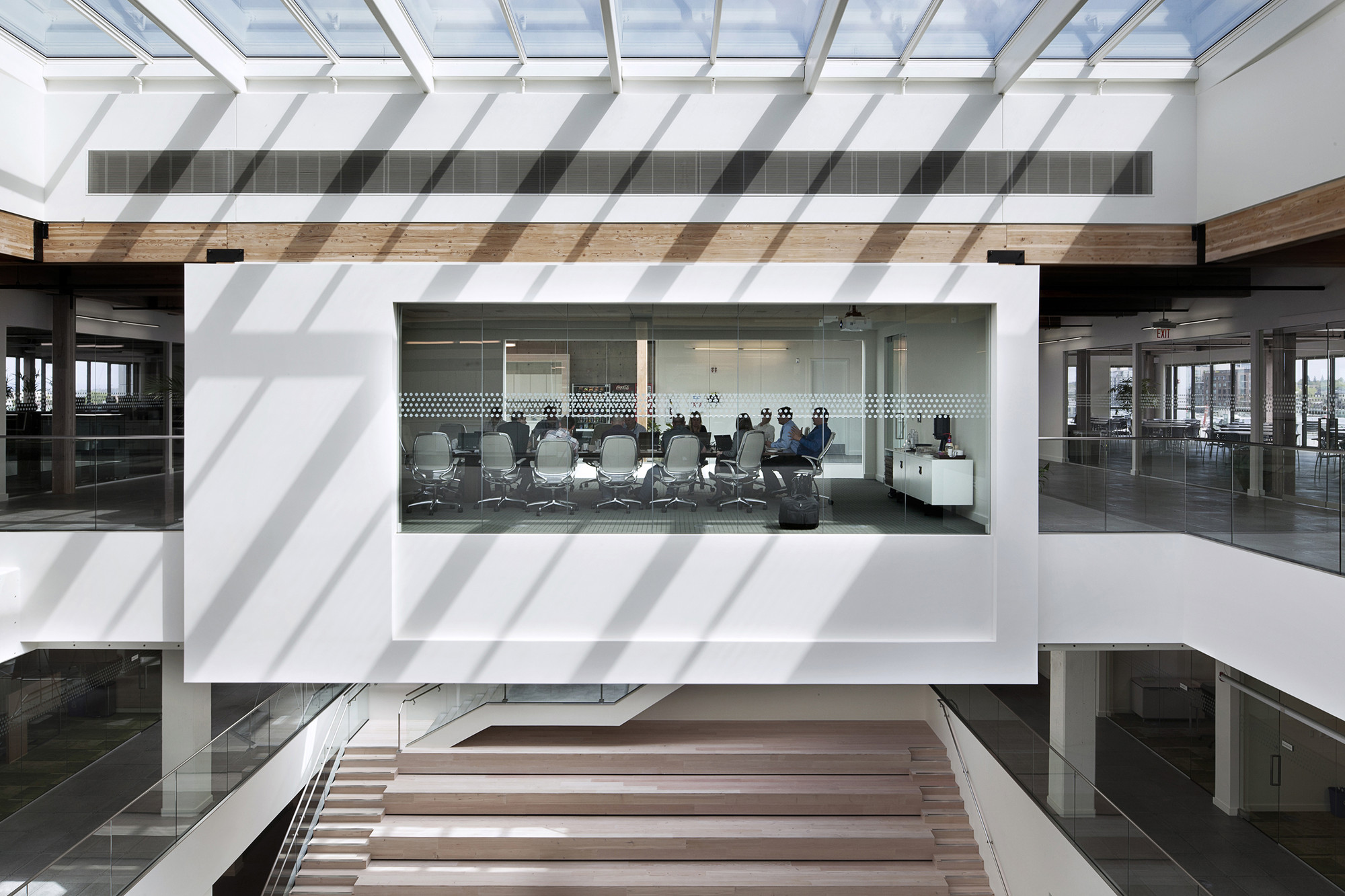 Vestas North American Corporate Headquarter / Ankrom Moisan Architects , © Jeremy Bitterman