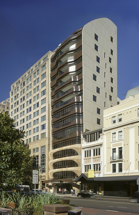 Eliza apartments tony owen partners archdaily for Apartment design sydney