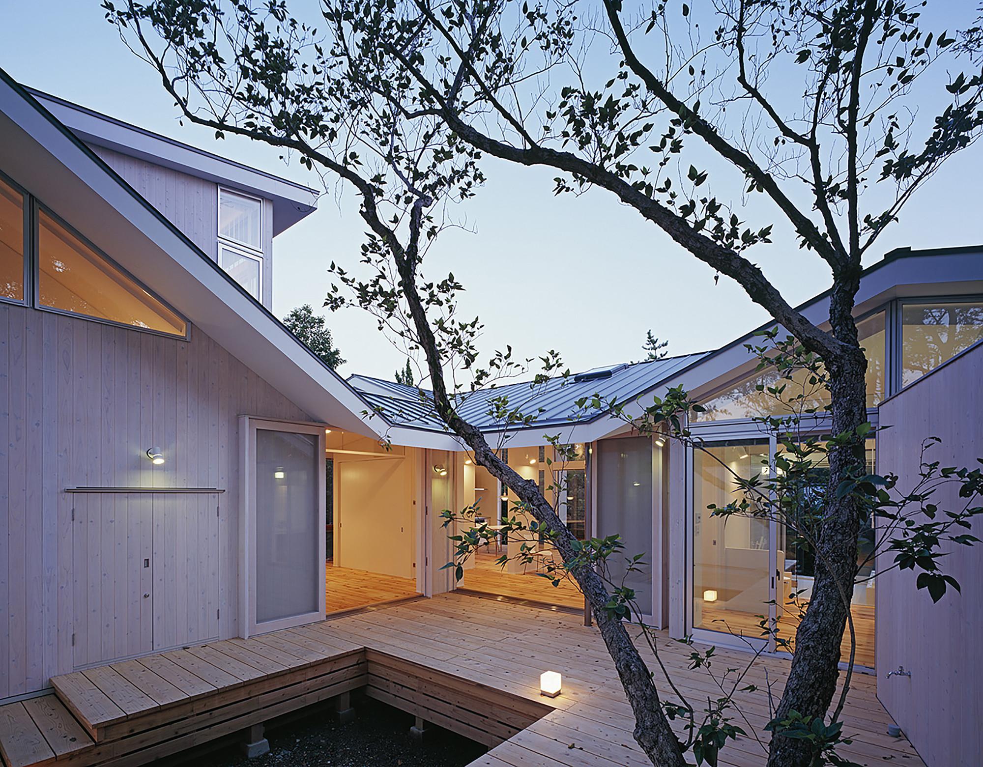 Villa ITO / Nakahira Architects, © Ken'ichi Suzuki