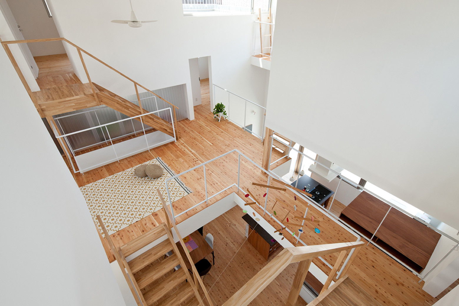 LT Josai / Naruse Inokuma Architects | ArchDaily