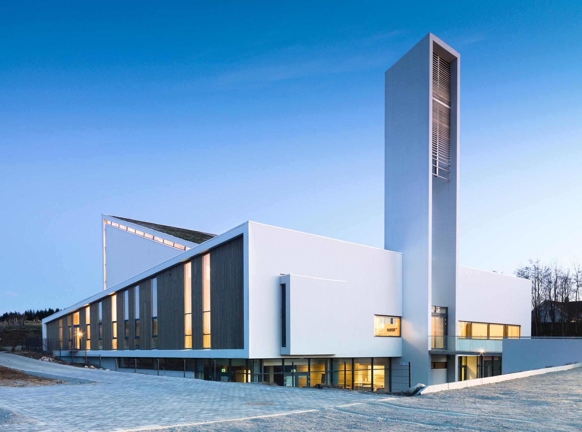 Froeyland Orstad Church / LINK Arkitektur AS © Hundven-Clements Photography