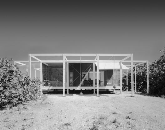 Walker Guest House; Sanibel Island, FL / Paul Rudolph and Ralph Twitchell. Image © Ezra Stoller / Esto