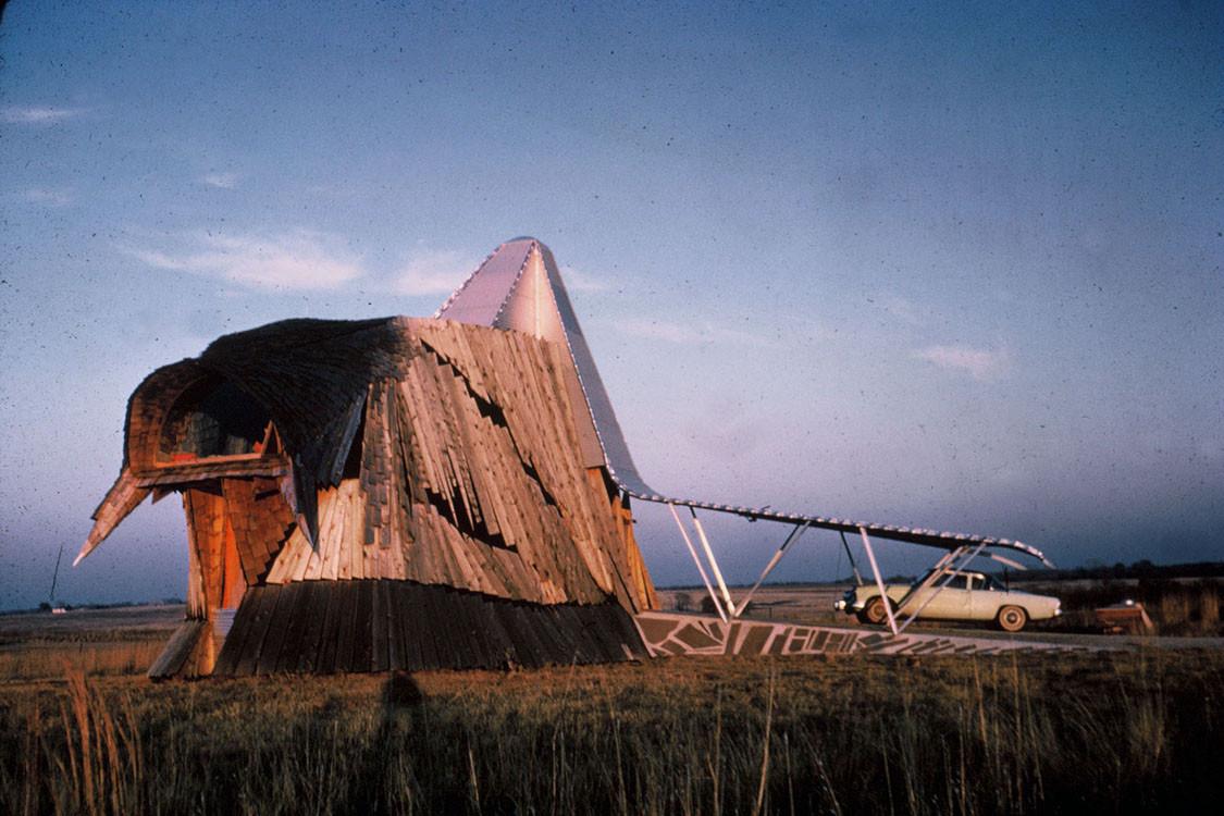 Prairie Chicken House - Herb Greene. Image © Julius Shulman