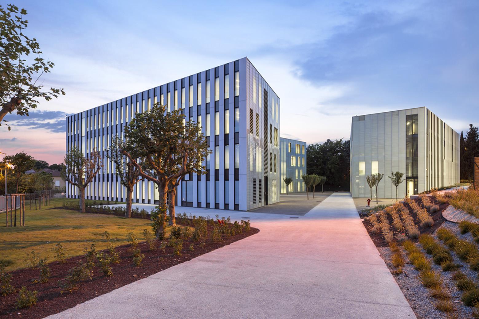 Université de Provence in Aix-en-Provence Entension / Dietmar Feichtinger Architects, © Sergio Grazia