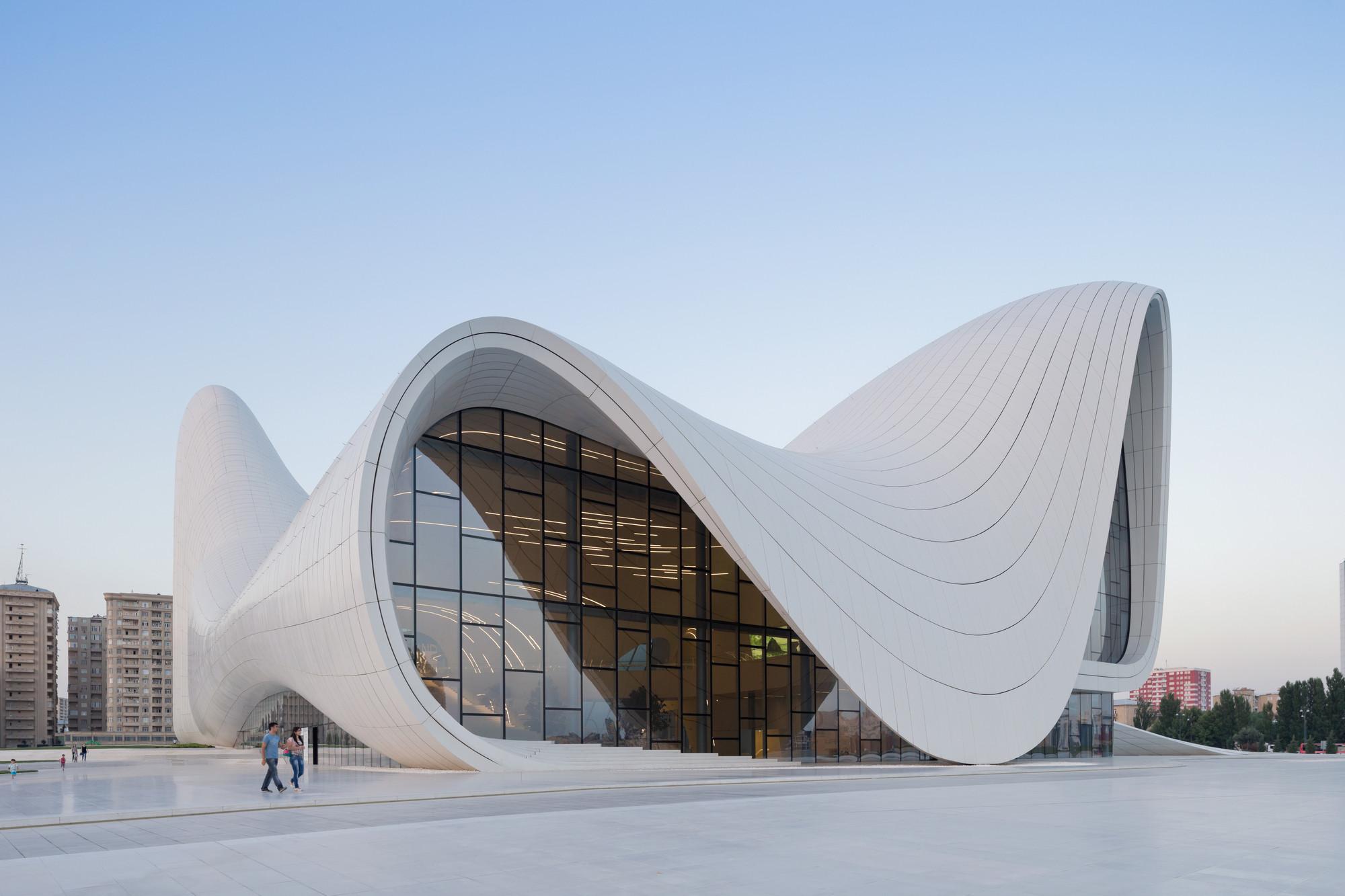 """Zaha Hadid Among 7 Shortlisted for """"Design of the Year 2014"""", Heydar Aliyev Center / Zaha Hadid Architects. Image © Iwan Baan"""