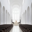 Interior Remodeling of St. Moritz Church / John Pawson. Image © Hufton+Crow