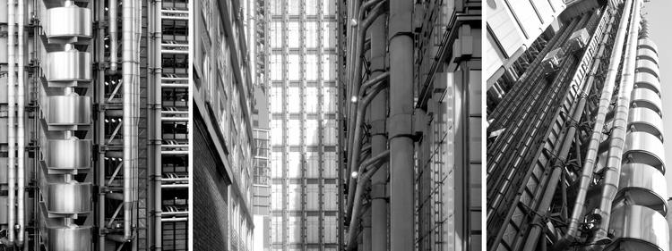 Lloyds Building, por Richard Rogers en Londres. Su sistema de instalaciones queda a la vista de sus usuarios, interior y exteriormente. Image © Vía Lloyds.com
