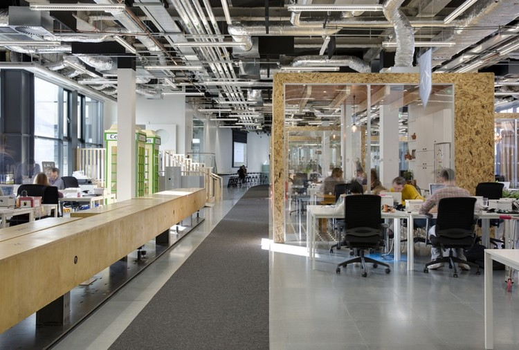 Airbnb's European Operations Hub in Dublin / Heneghan Peng Architects . Image © Ed Reeve