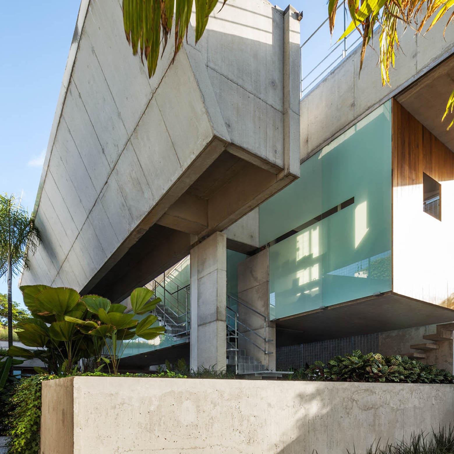 San Paulo Apartments: Gallery Of Weekend House In Downtown São Paulo / Spbr