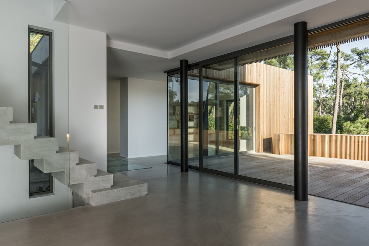 Gallery of villa chiberta atelier delphine carrere 2 - Maison avec jardin interieur ...