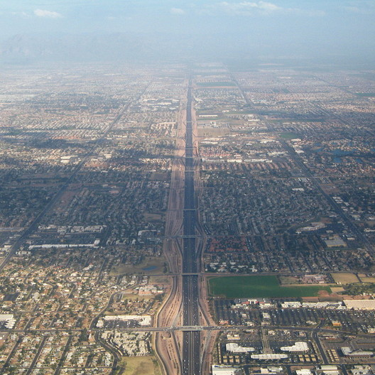 Route 60 in Phoenix, AZ. Image © Wikimedia CC user Greg O'Beirne