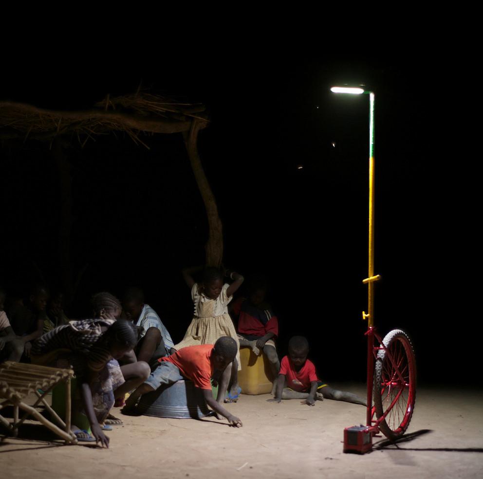 Proyecto de Iluminación: Foroba Yelen - Luz Colectiva para la zona rural de Mali por Matteo Ferroni, Courtesy of Matteo Ferroni
