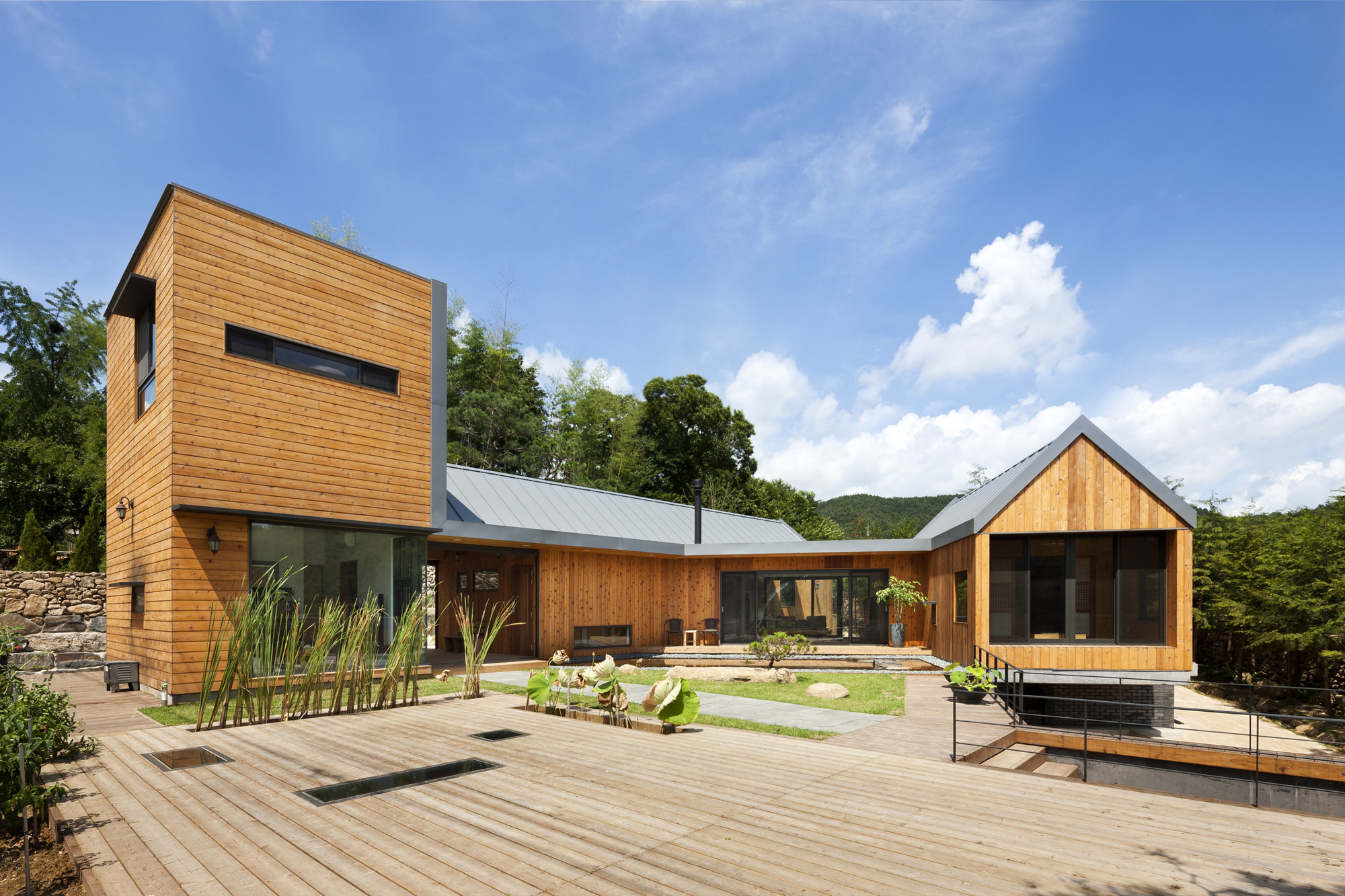 ^ Ssangdalri House / Hyunjoon Yoo rchitects rchDaily