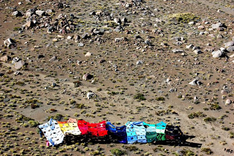 """Taller de Agosto """"Todo es Cancha"""", 2012. Image © José Luis Uribe"""