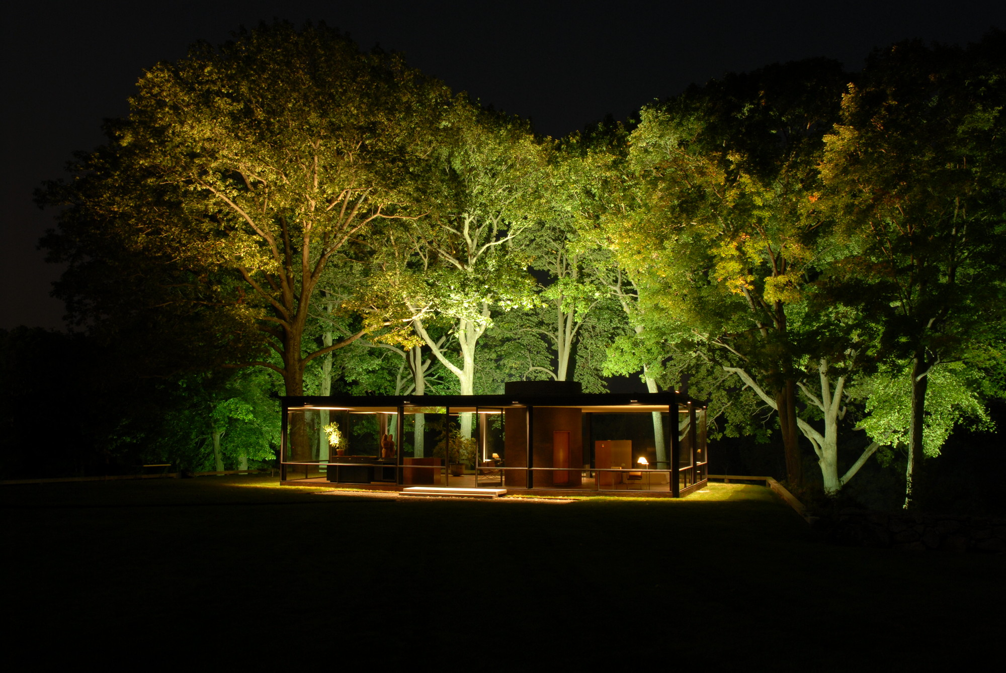 Night lights designs - Glass House At Night By Steve Brosnahan Architect Philip Johnson Lighting Design