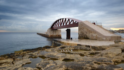 New St. Elmo Breakwater Footbridge in Valletta Grand Harbour / Arenas & Asociados