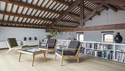 Renovation of an Industrial Building into a Single Family House / Guim Costa Calsamiglia