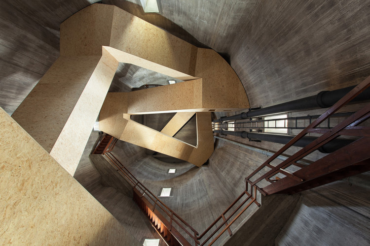Torre de vigilancia y de agua Sint Jansklooster / Zecc Architecten, © Stijn Poelstra