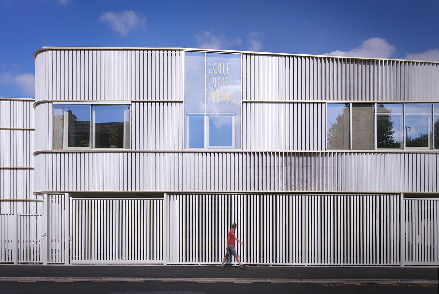 Lucie Aubrac School / Saison Menu Architectes Urbanistes, © Julien Lanoo