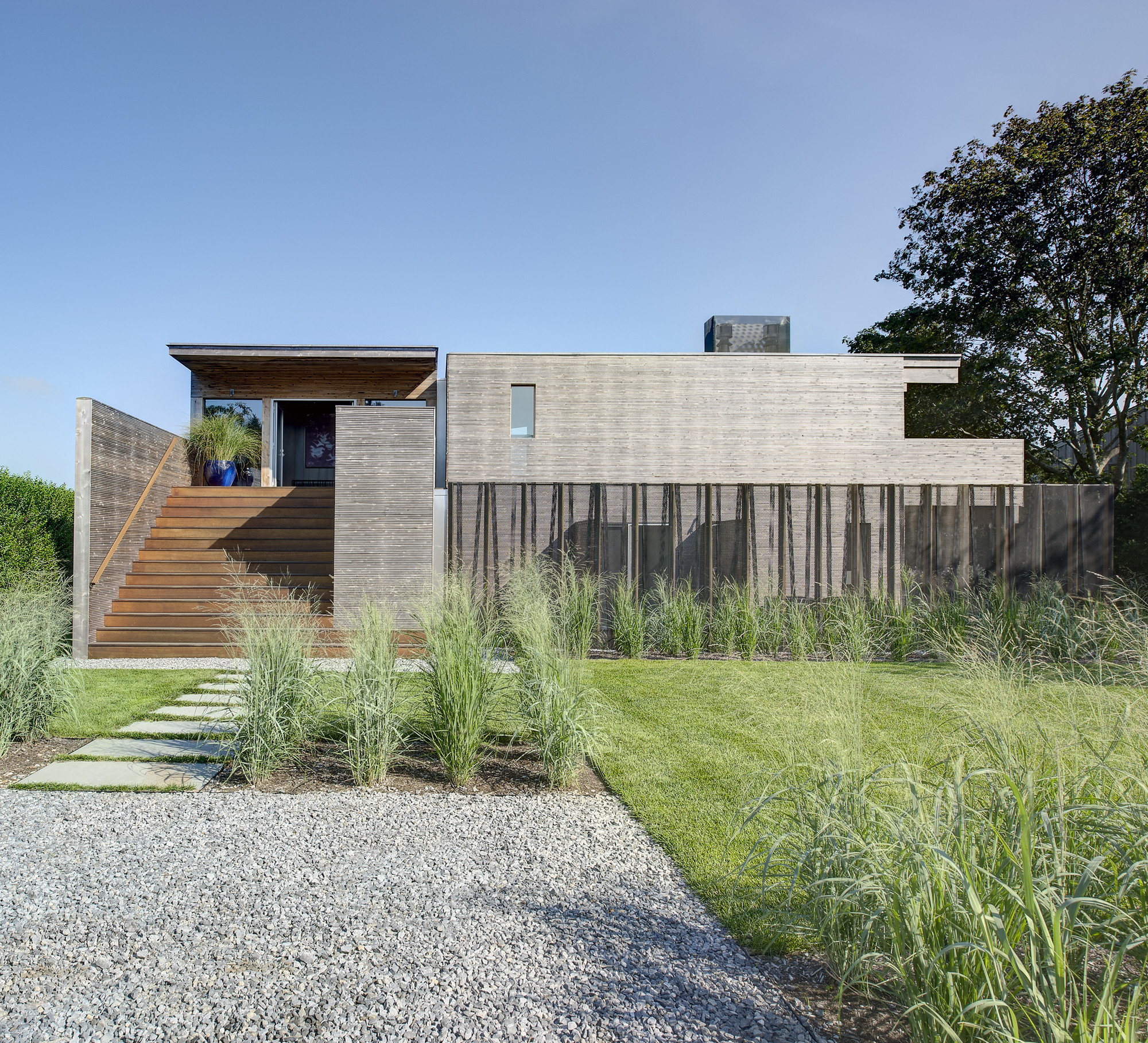 Far Pond / Bates Masi Architects, Courtesy of Bates Masi Architects