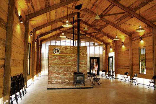 Lions Park Scout Hut. Image © Rennie Jones