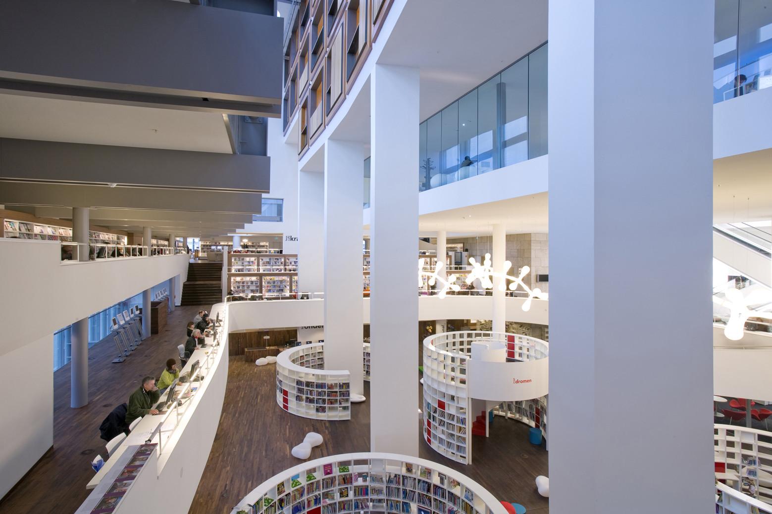 Public Library Amsterdam  /  Jo Coenen & Co Architekten, © Arjen Schmitz