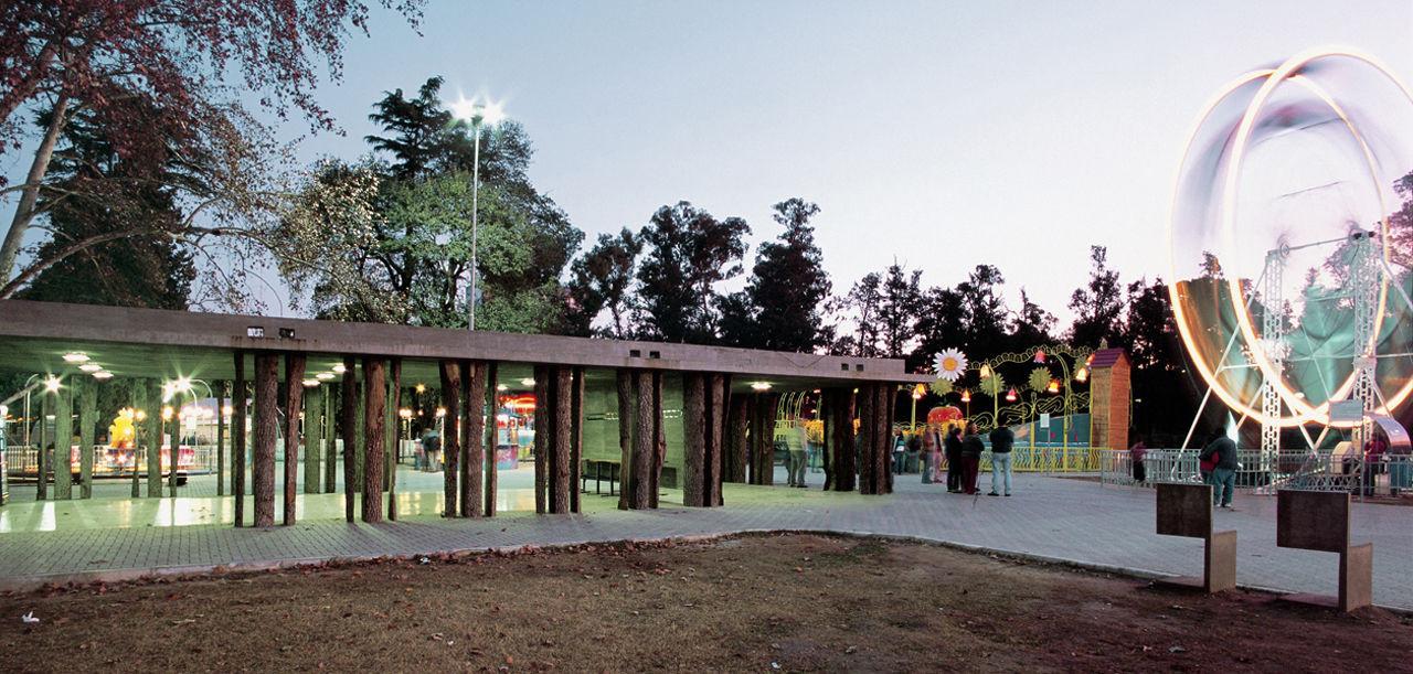 Pabellones en el Parque / Rafael Iglesia. Imagen © Gustavo Frittegotto