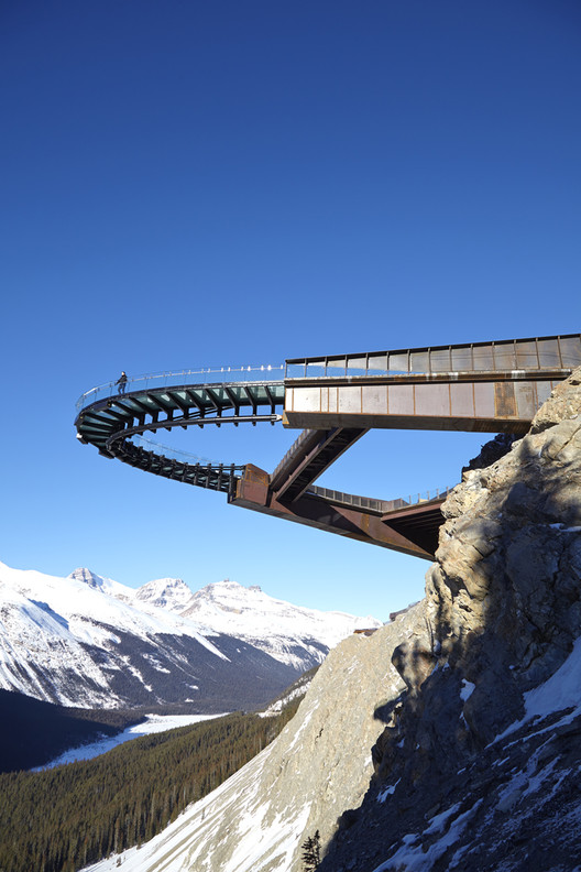 Glacier Skywalk / Sturgess Architecture, © Robert Lemermeyer