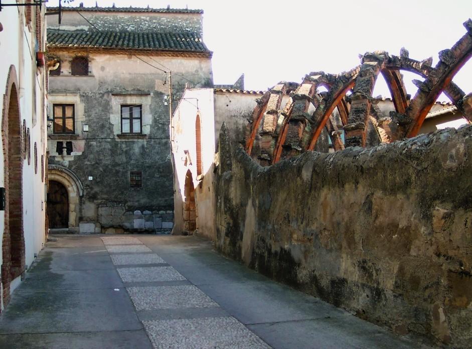Casa Bofarull - Josep Maria Jujol ©Guillem Carabí. Image Courtesy of Institut Ramon Llull