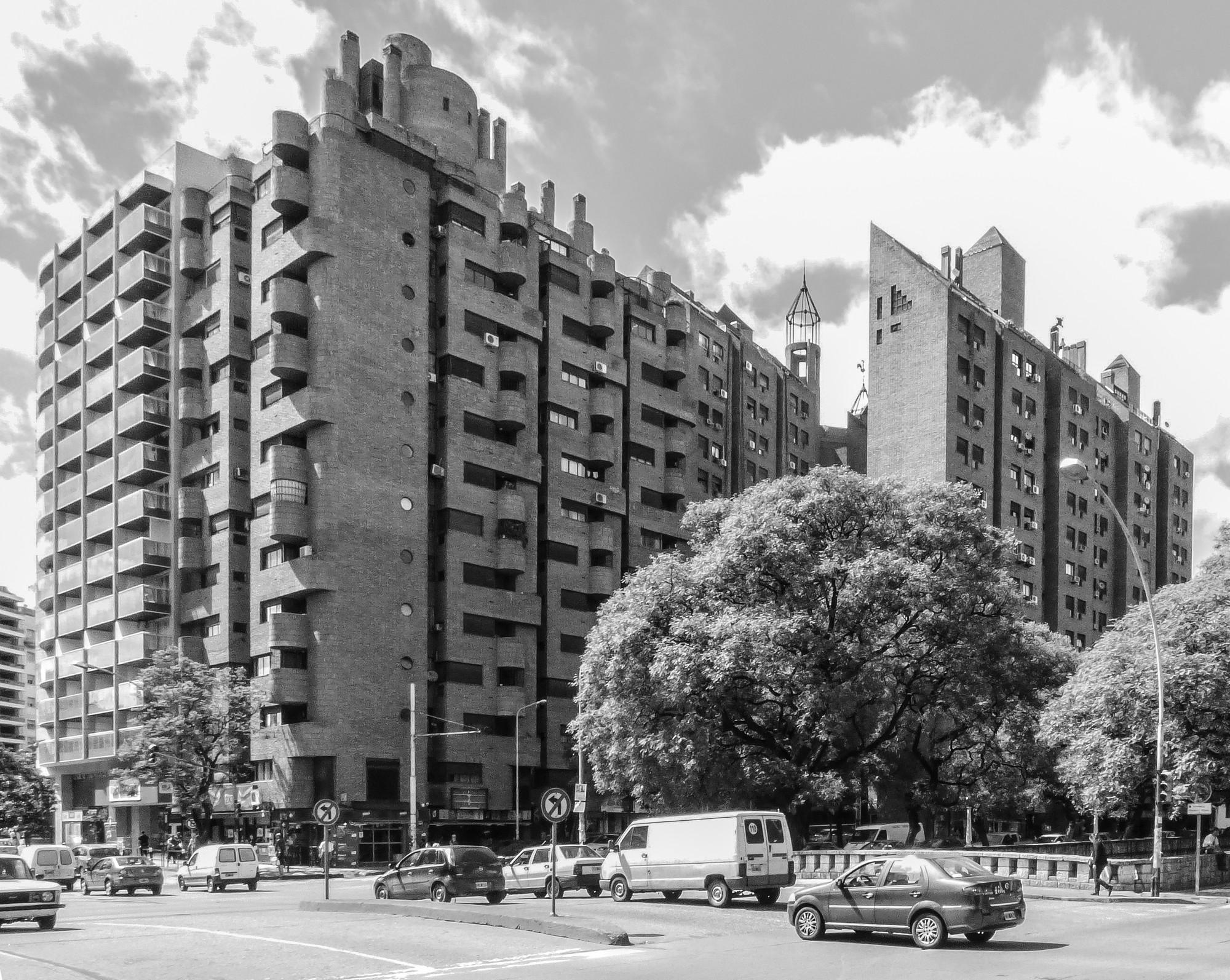 Clásicos de Arquitectura: La Obra Urbana de Togo Díaz / José Ignacio Díaz, © Arq. Gonzalo Viramonte